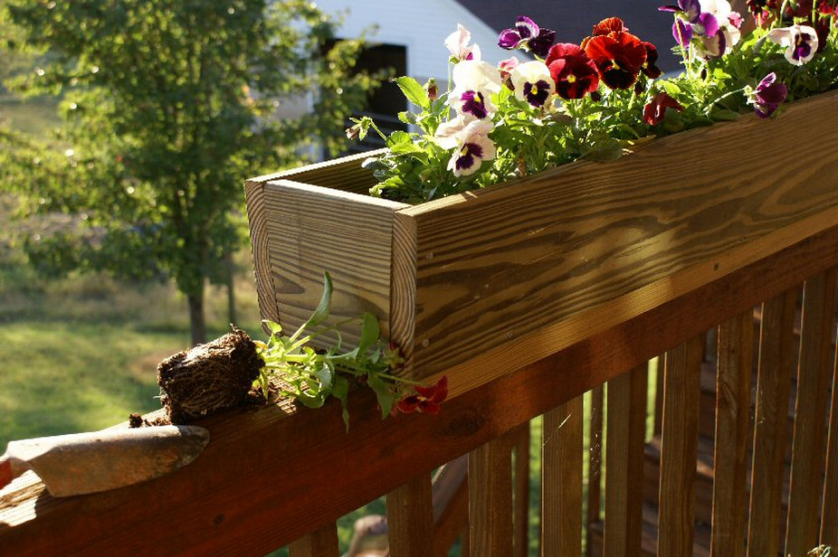 deck railing flower boxes