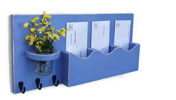 hanging mail organizer with key rack