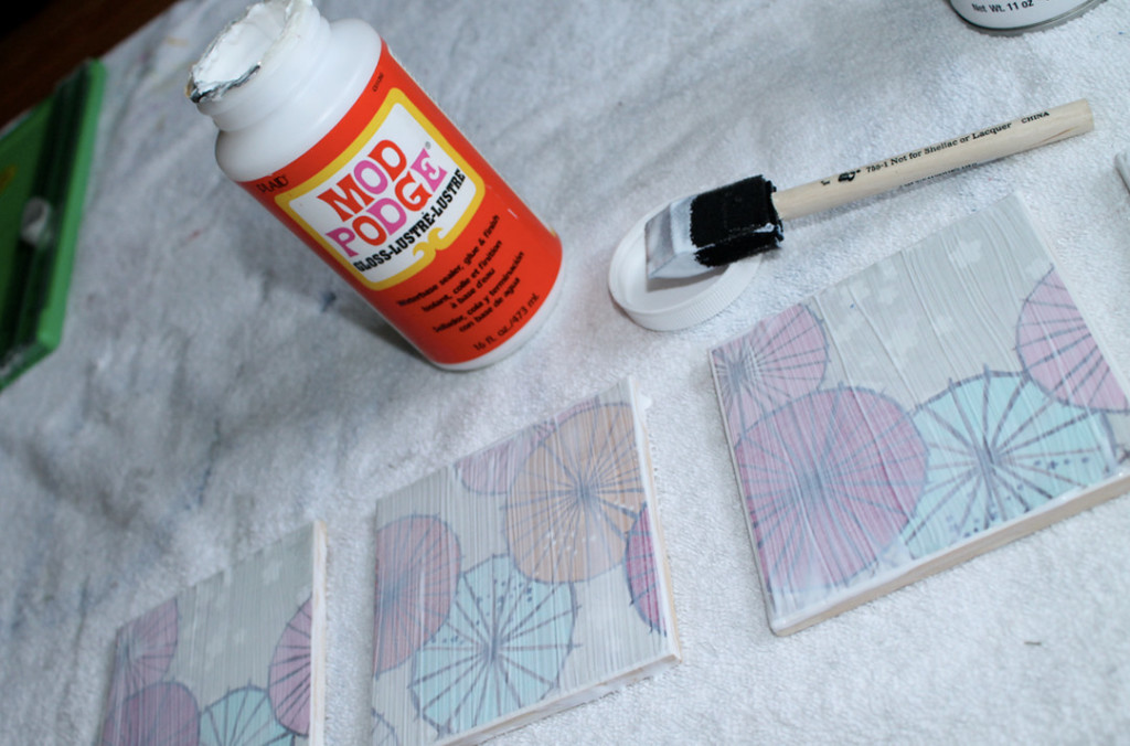 how to make acrylic coasters