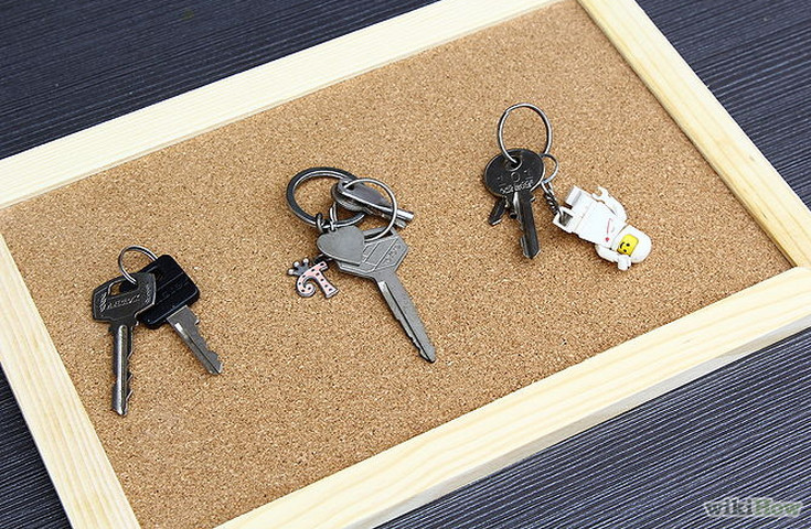 how to make key holder for wall at home