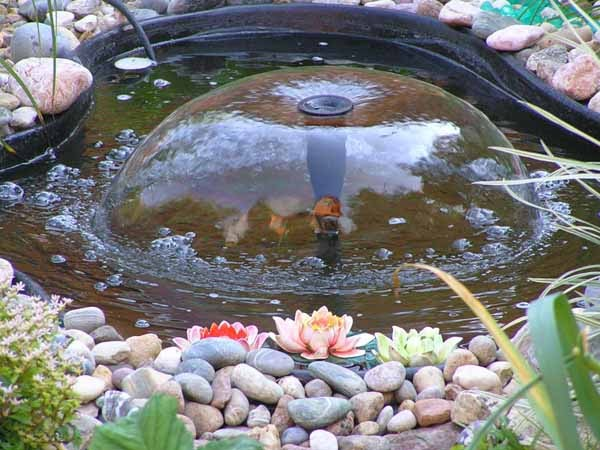 backyard water fountains ideas