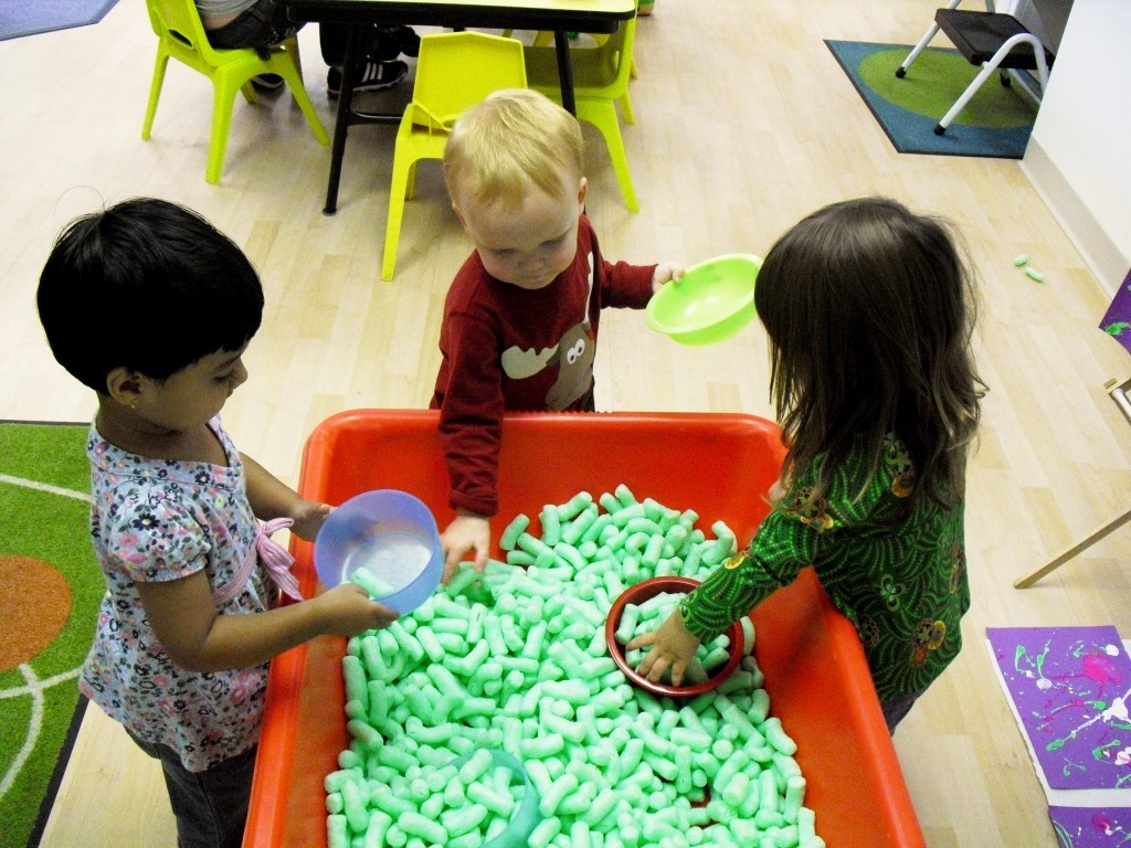 sensory table ideas are used for preschool