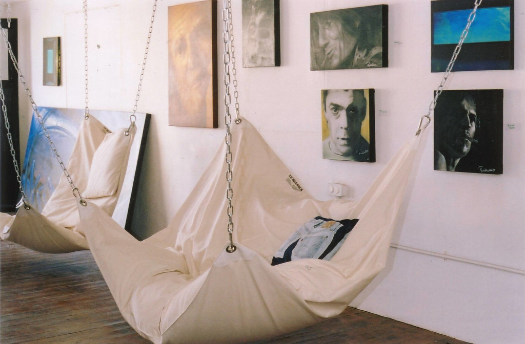 diy hanging chair stand