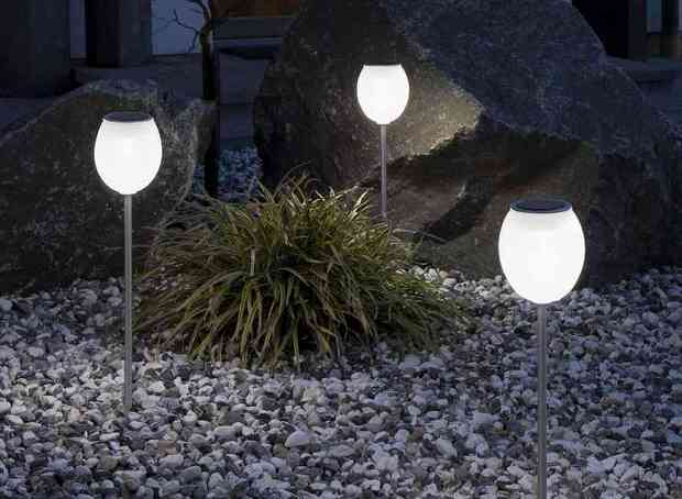 outdoor solar lights uk