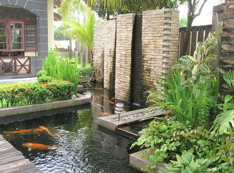 Outdoor Home Garden Water Fountain.jpg