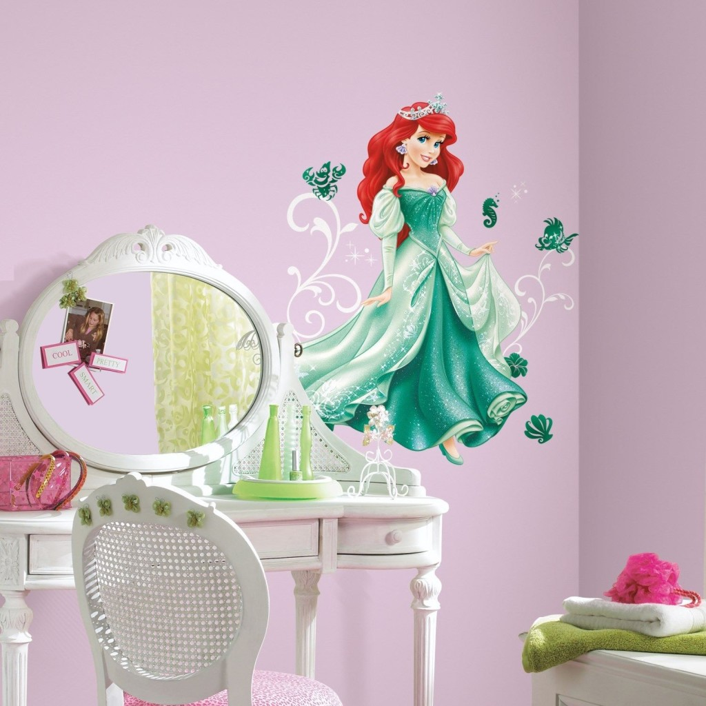 Home Decor Wallpaper Disney